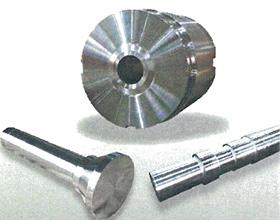 熱間工具鋼を用いた金型